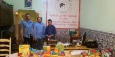 محسن يقدم مجموعة من الألعاب الى جمعية الحنان
